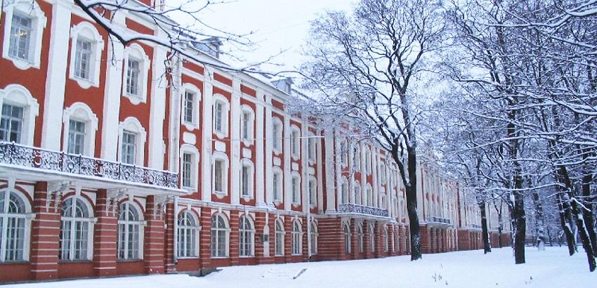Saint Petersburg Üniversitesi
